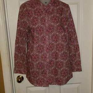 Izod button up top
